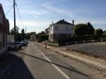 In de Snikbergstraat worden voetpaden aangelegd + wegdek volledig vernieuwd